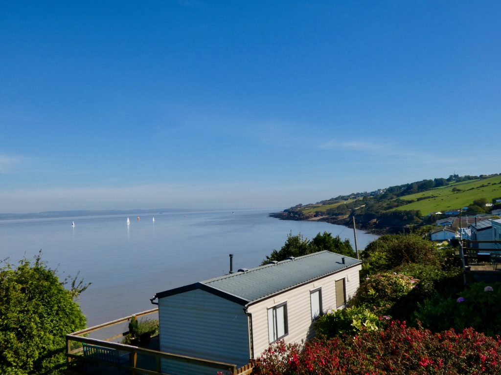 coast-caravan-park-clevedon-peaceful-small-park-severn-estuary-country-views