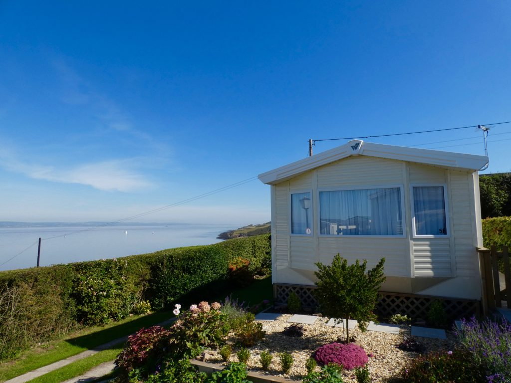 coast-caravan-park-clevedon-static-caravan-picturesque-retreat-channel-views