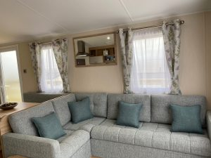 coast-caravan-park-clevedon-4e-lounge