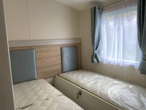 coast-caravan-park-clevedon-4e-twin-bedroom